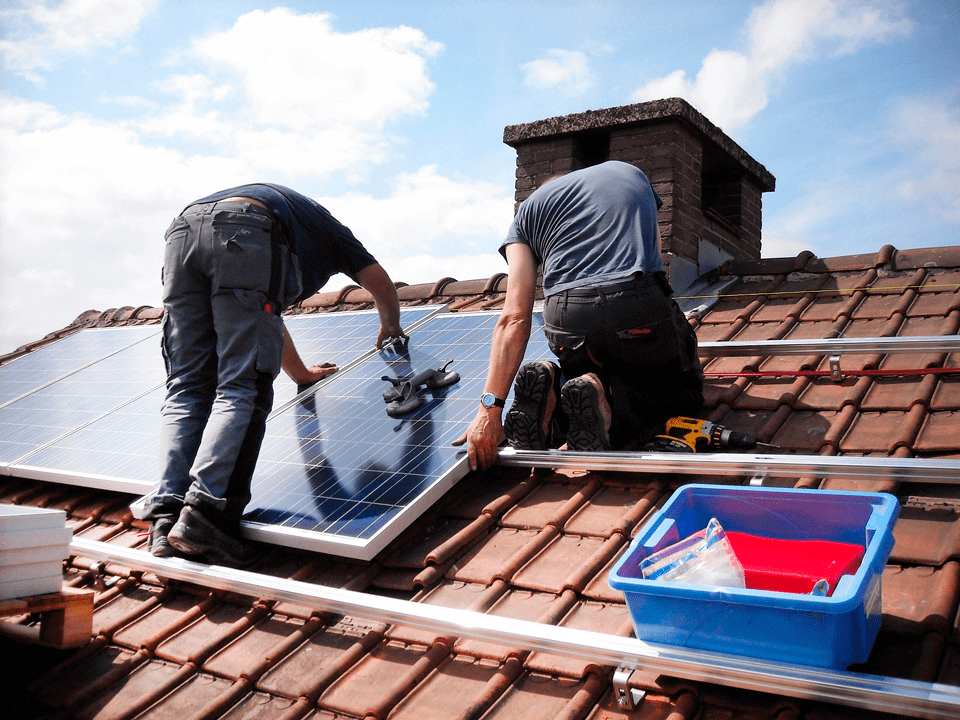 montador placas solares